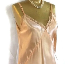 1930s Satin Nightgown - Peach Satin Slip Style Nightgown w Adjustable Straps - Art Deco Negligee w Lace Trim - Flapper Style Slip Dress