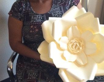 Giant Paper Fliower - 20 inch