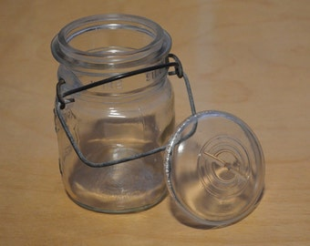 Sale - Mason Jar, Ball Ideal Mason Glass Jar With Lid, 1940s to 1950s