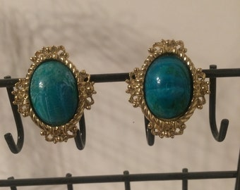 Vintage Teal / Turquoise Clip On Earrings!