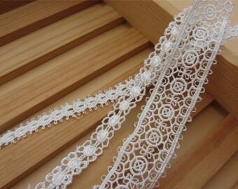 Schiffli Lace,machine-made lace,Chemical Lace,white Vintage necklace Lace trim /  Lace Trim / Solubility Lace / white Lace Trim - 1 Yard