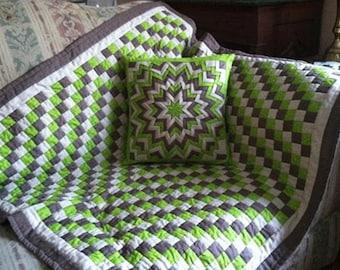 Pillow and quilt throw ensemble