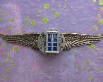 "Steampunk ""Tardis Pilot"" Dr Who Inspired Police Box Clockworks Brass Wings Pin"