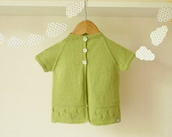 Hand knitted baby cardigan / knitted baby clothes  / hand knitted baby clothing /Merino wool cardigan