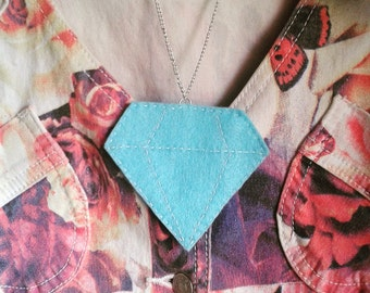 TO CLEAR- 2D felt Diamond Necklace