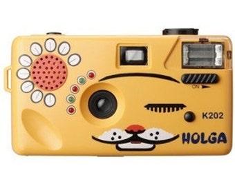 Holga Cat Camera 35mm Film Orange Nya-Nya with 35 mm f/8 Holga Lens K202 NIB