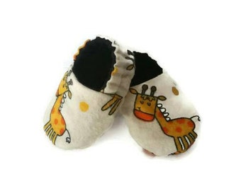Baby shoes, giraffe crib shoes, baby mocs, soft soled baby shoes, unisex baby shoes, lined baby shoes, stay on baby shoes