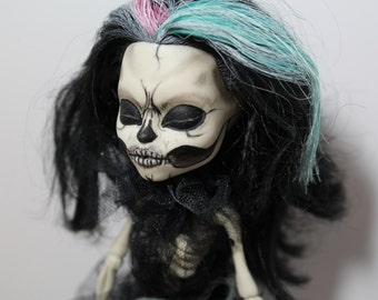 Custmized Skeleton Monster High Skelita Calaveras