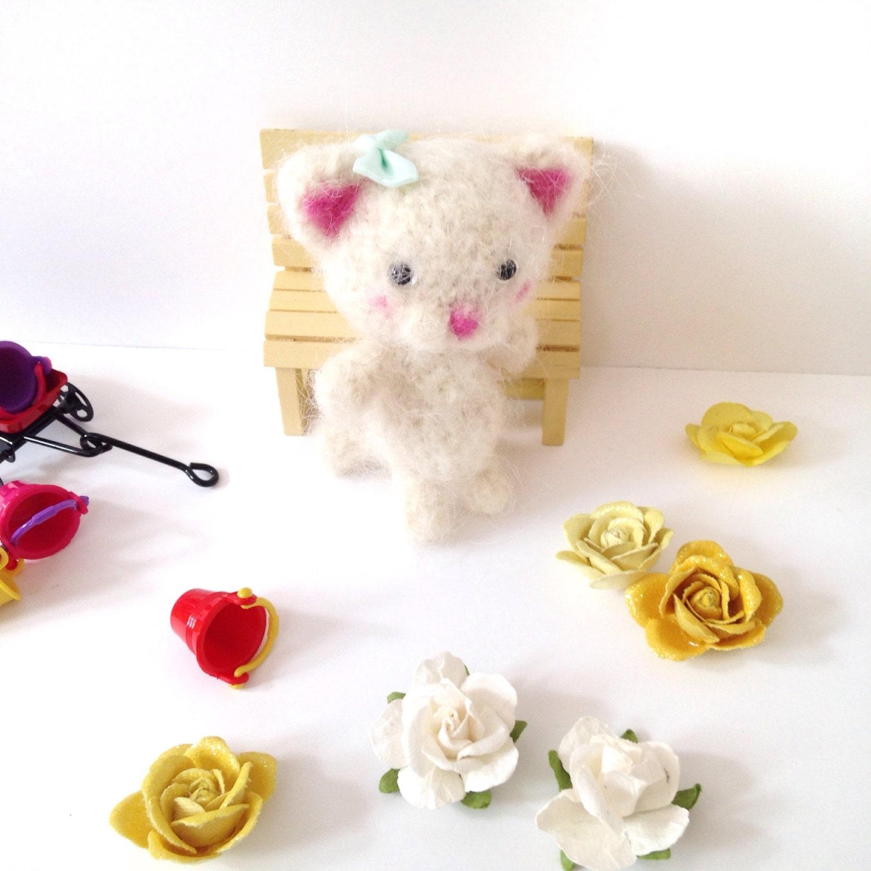 Amigurumi Cat Toys : Miniature Cat Crochet Cat Toy Amigurumi Cat Blythe by ...