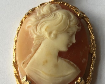Vintage Resin Lady Cameo Pendant for Necklace