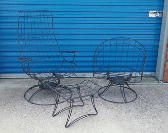 Pair Mid century homecrest wire metal patio chairs funriture vintage retro