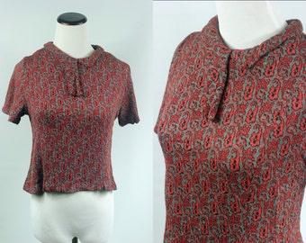 1960's Grey & Red Paisley Cropped Sweater Top