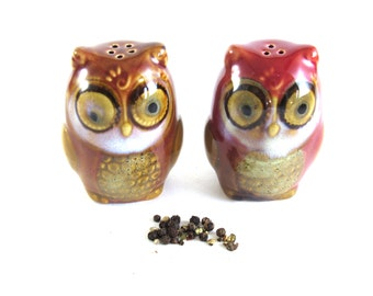 Drip Glaze Pottery Vintage Owl Salt and Pepper Shakers Red Owl Figurine Unique Ceramic Owl American Pottery Vintage Salt and Pepper Shakers