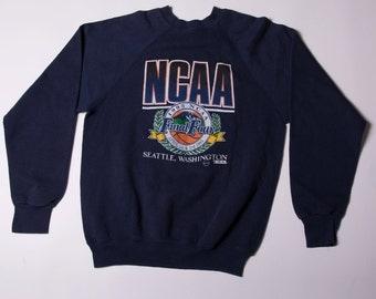 Vintage NCAA College Basketball 90s Sweater Jumper