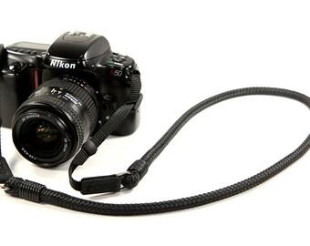 DSLR Strap: Cord camera neck strap