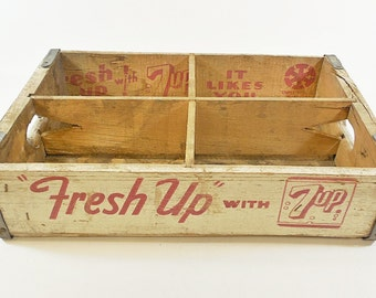 Vtg Fresh Up w/ 7-UP Soda Wood Crate Box Crate Carrier, Denver CO - Rustic Decor