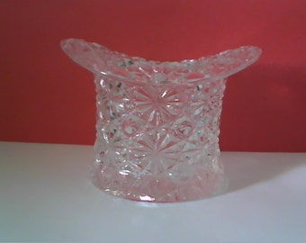 FENTON Art Glass Co. - Small Top Hat Topper - DAISY & BUTTON - Clear Pattern
