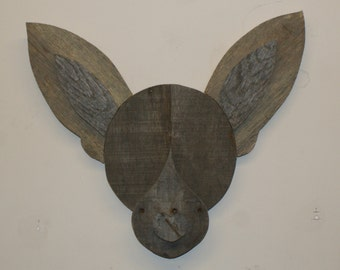 Chihuahua - Reclaimed Pallet Wood