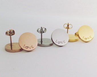 Handstamped round earrings in silver, rose and yellow gold finish (stainless steel) personalise with your choice of word, name or initials