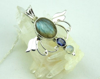 Labradorite. Iolite. Rainbow moonstone pendant. Jewelry. sterling silver. Labradorite pendant. Iolite. Moonstone. Sterling silver. Gemstone.