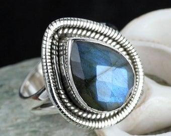 Labradorite Gemstone, Labradorite Ring, Labradorite  Jewellery, Designer Ring, Pear Shape Ring, Unique Ring, Silver Ring, Gemstone Ring