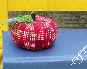 The Big Apple: An Apple Pincushion Pattern