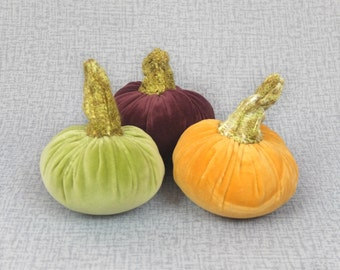 Three Velvet Pumpkins Halloween Decor Thanksgiving Decoration Textile Centerpieces Light Green Orange Purple Autumn Fall Ornament FULL SIZE