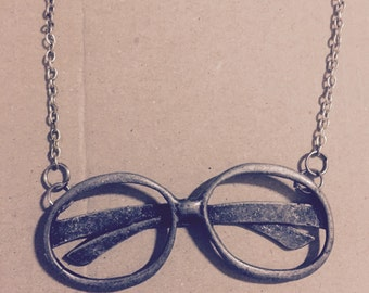 Adorable Nerd glasses silver necklace with chain