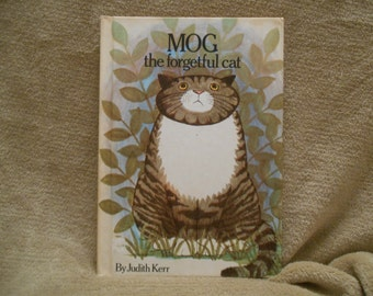 MOG the Forgetful Cat by Judith Kerr - Vintage book on cats - Parents Magazine Press - Forgetful Cat