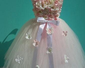 blush tutu dress. flower girl tutu dress. hydrangea tutu dress. blush hydrangea flowergirl dress. Wedding dress. Wedding party . flowergirl