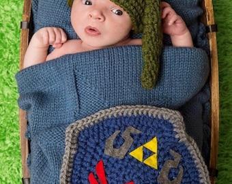 Zeldas Link crochet Newborn Outfit, newborn photos, babys first photos, baby pictures, baby shower gift