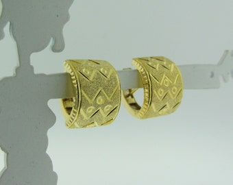 23 K Gold Small Hoop Earrings