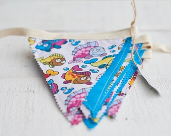 Turquoise and Fish Bunting