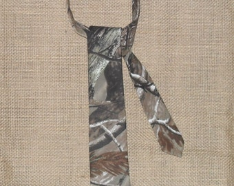 22 camo colors to choose from boys & Men Camo traditional Ties . #6 realtree ap cotton in fabric selection.