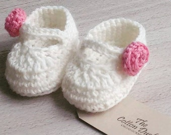 Organic Crochet Baby Shoes. Mary Janes. Baby Shower, Baptism, New Baby Gift