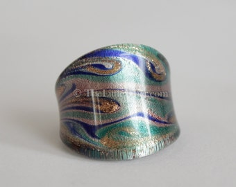 Glass Ring :  Individually blown glass ring with intricate design R6