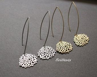 Chrysanthemum drop earrings, Flower Threader earrings, Bridesmaid earrings, Everyday earrings, Wedding earrings, Gift