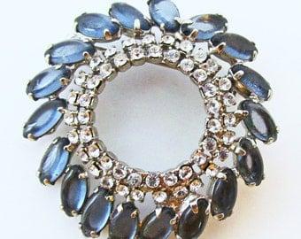 Classic Vintage 1950s Rhodium Plated Dark Blue Sapphire Rhinestone Circle Pin