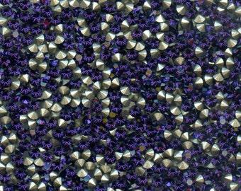 1028 PP14 PV***   40 Swarovski rhinestones point back, chatons, PP14 (2,05mm) purple velvet