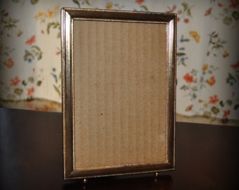 Vintage Metal Picture Frame, 5 x 7 in.