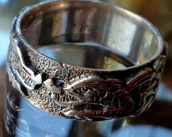 Facing Chinese Dragons Ring in Sterling Silver
