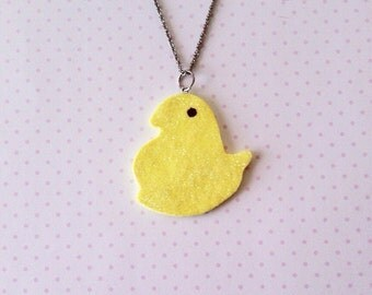 Marshmallow chick necklace, polymerclay