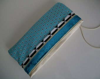 Pouch hand two-piece, lined, zippered, and magnetic saki blue Goldie chic