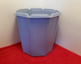 Vintage rubbermaid waste basket / blue faux wicker trash can, rubbermaid #2945