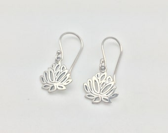 Lotus Earrings // 925 Sterling Silver // Small Bali Design