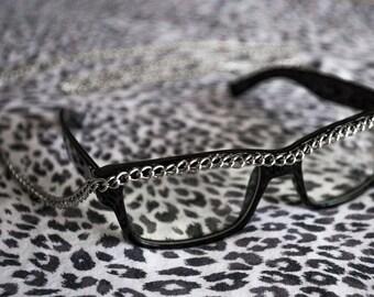 Chain Glasses // Black Frames // Long Hanging Chain