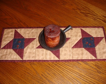 Quilted Table Runner/Primitive Table Runner/Country Runner/ Item #448