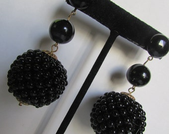 Vintage earring- Black bead dangle drop earrings- 90s Jewelry