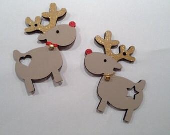 Hanging reindeers
