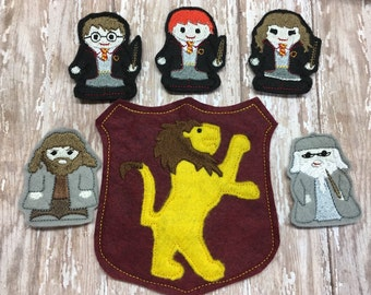 Set of Harry Potter finger inspired puppets and large carrying case